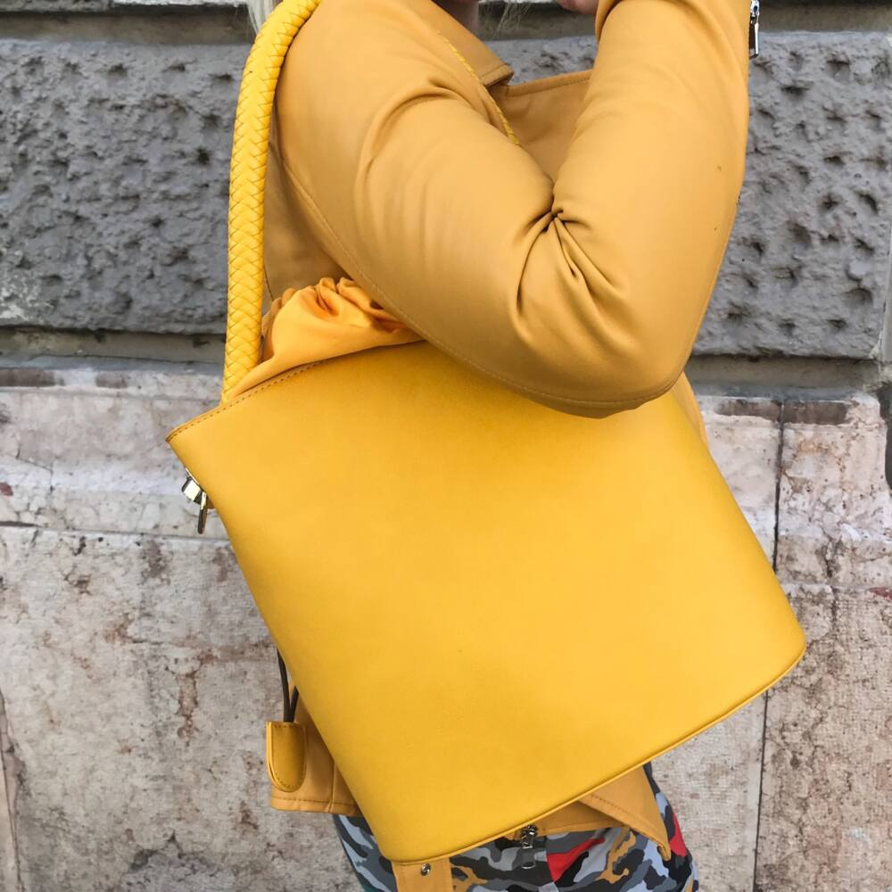 Yellow KABELKA