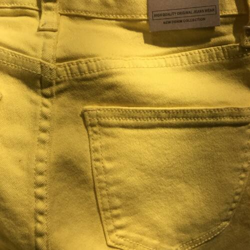 Yellow girlfriend jeans